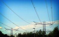 mast+hoogspanningskabel+energie2